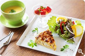 【キッシュ】本日のスープと副菜1品