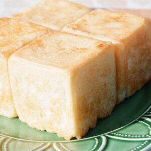 パン、焼いてます